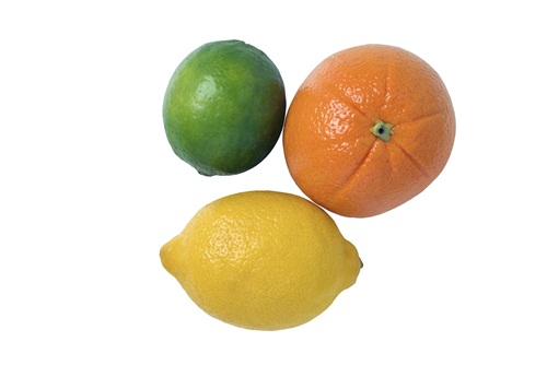 Snack: Lemons And Limes Calories: 20 per fruit Citrus fruits are loaded with vitamin C and are a great source of fibre. Add a splash of lemon or lime juice to recipes for a punchy flavour without any added fat, calories or cholesterol.