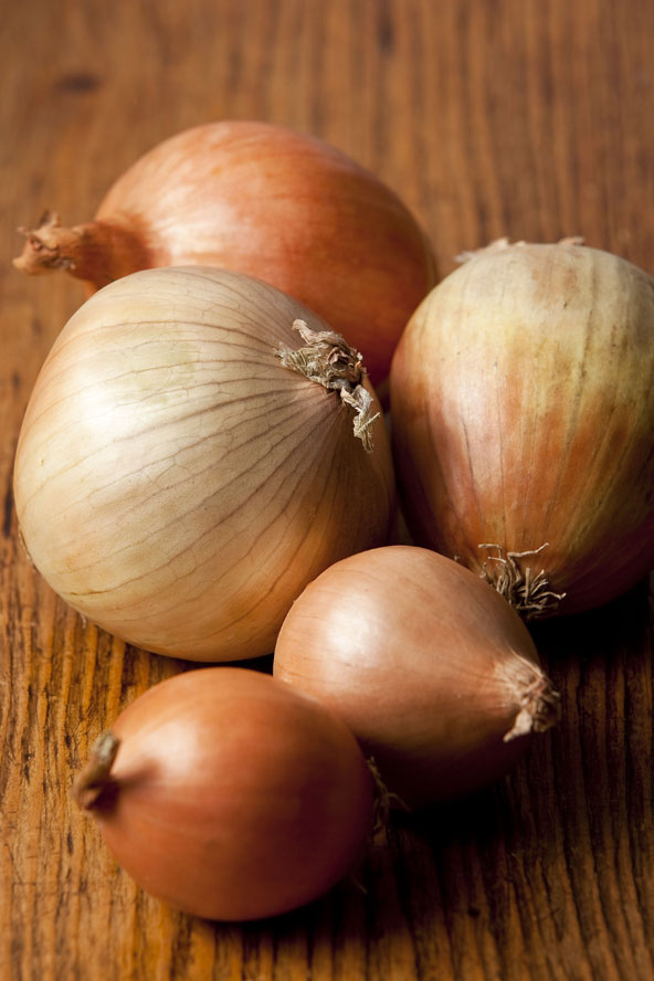 Onions: Like garlic, tear-inducing onions are great for giving your immune system a boost as they contain quercetin, a natural chemical which helps the body defend itself against bacterial infections and also reduces inflammation and bloating.