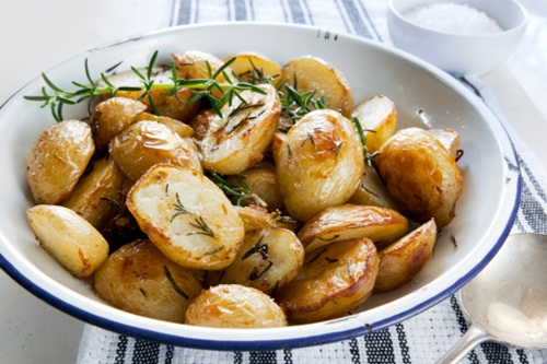 Roast Potatoes Goose fat is a taste choice, it doesn't actually make your poppies any more crispy. The trick with potatoes is to keep them large and parboil them so they absorb less oil. Shake the colander to fluff them up and then give them a quick toss in hot olive oil, they'll crisp up just as well. Calorie saving of 79