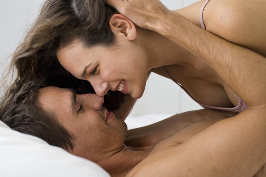 zrelishe-foto-seks-realnoe-krasivoe-porno-lyubitelskoe-na-ulitse
