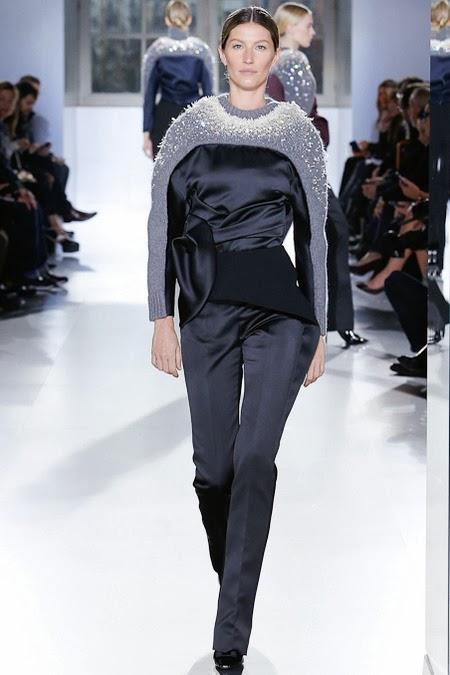 Paris-Fashion-Week-Fall-2014-Balenciaga-Collection-32
