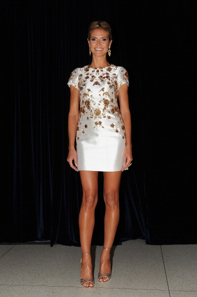 Heidi Klum Accepts Crystal Cross From American Red Cross