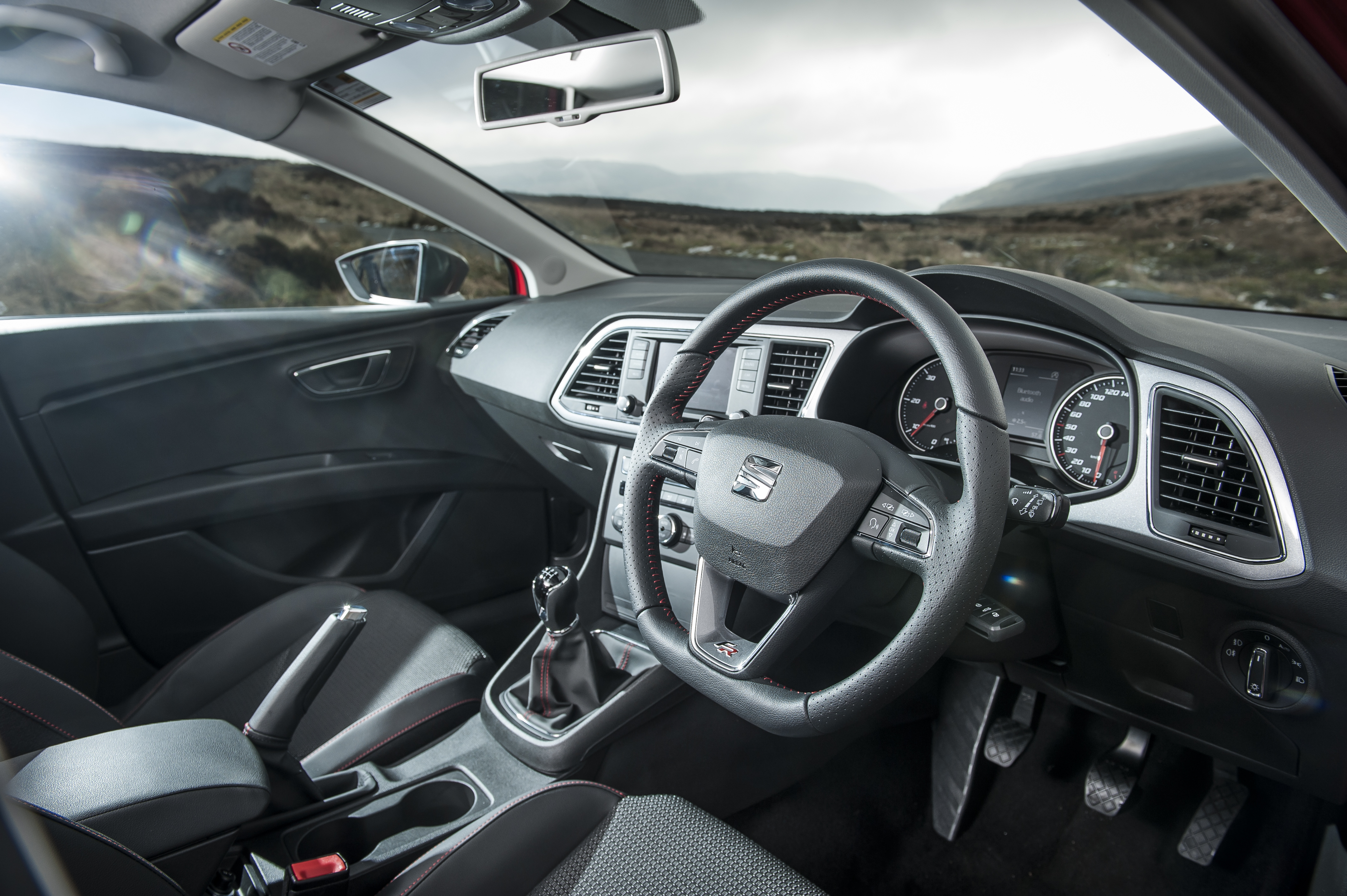 Road Review: Her.ie Drives the SEAT Leon FR – I84hp | Her.ie
