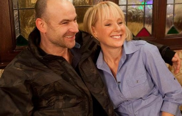 Who is kevin webster dating in corrie