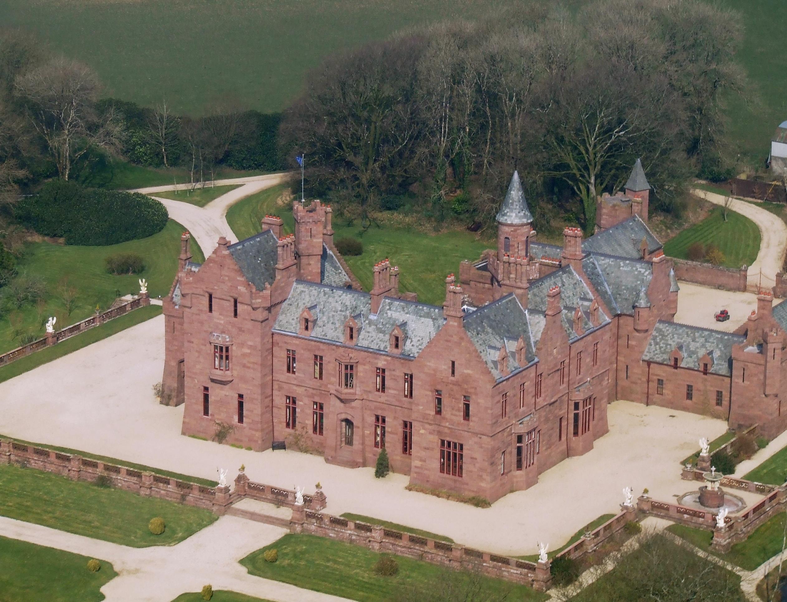 aerial Castle Oliver 1