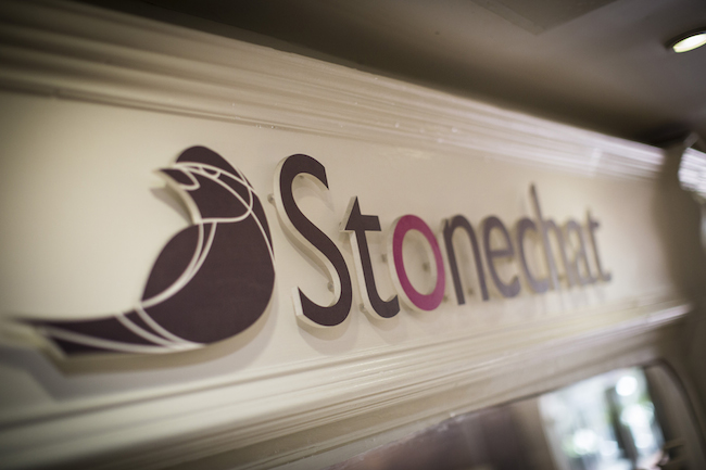 store front -stonechat jewellers