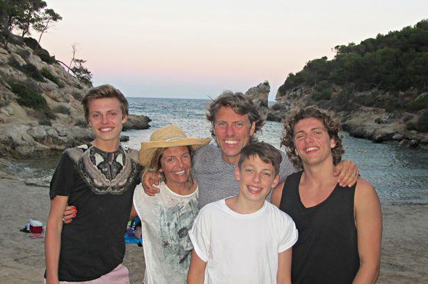 John-Bishop-family-holiday-photo