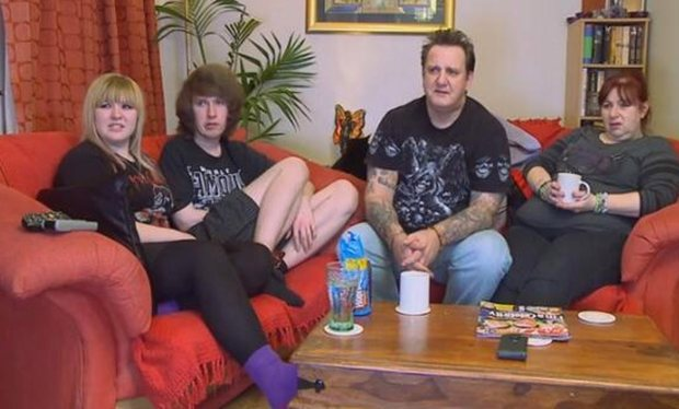 It Really Hurts' - Gogglebox Couple Announce Split But Show