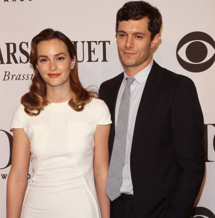 NEW YORK, NY - JUNE 08:  Actors Leighton Meester (L) and Adam Brody attend American Theatre Wing's 68th Annual Tony Awards at Radio City Music Hall on June 8, 2014 in New York City.  (Photo by Jim Spellman/WireImage)