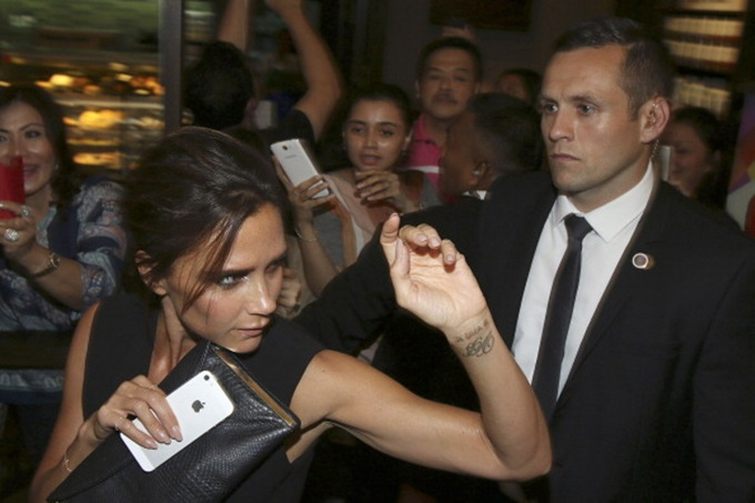 Is Victoria Beckham Getting Her Tattoos Removed?