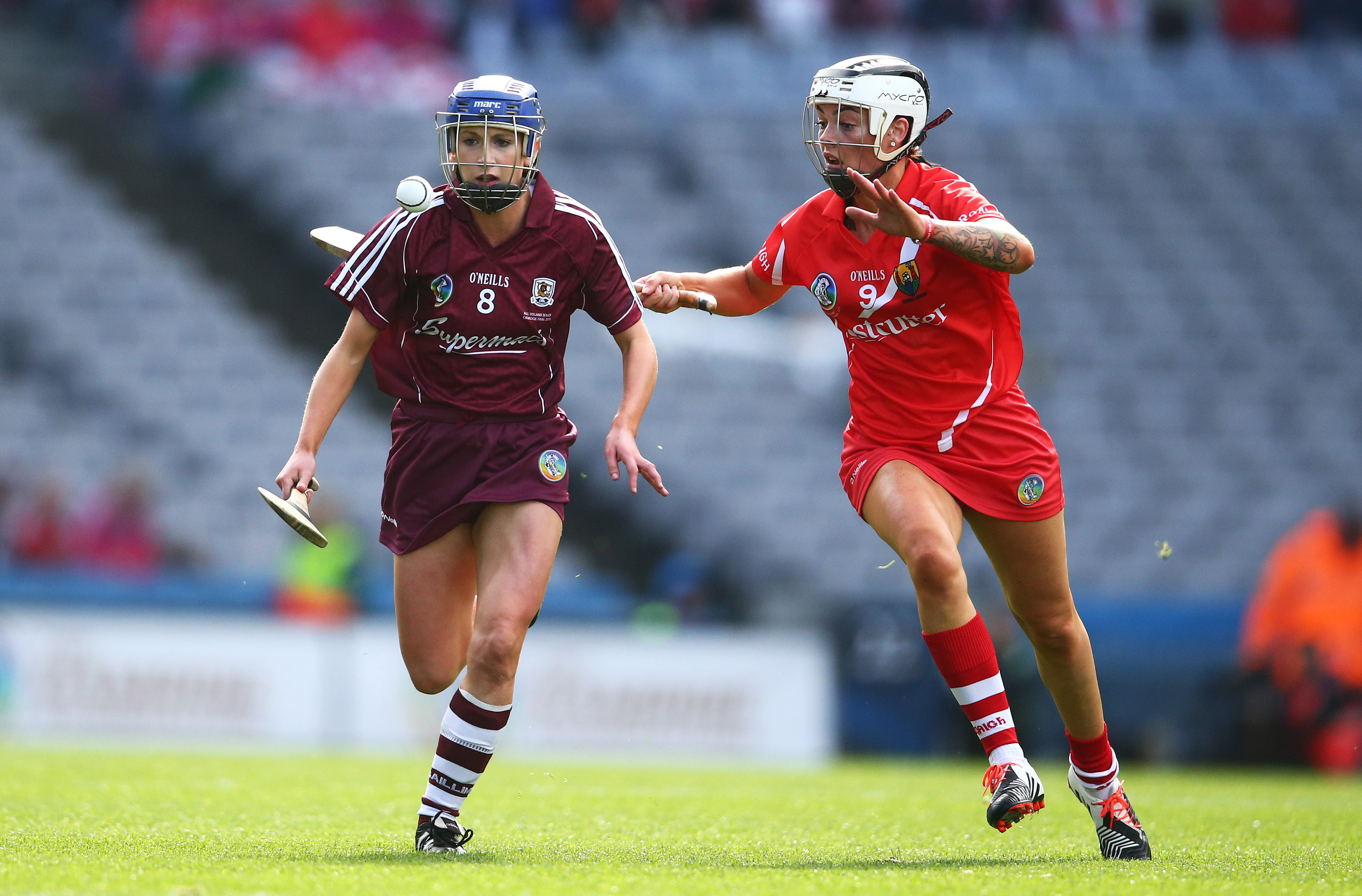 REPRO FREE***PRESS RELEASE NO REPRODUCTION FEE*** Liberty Insurance Senior Camogie Championship Final, Croke Park, Dublin 13/9/2015 Cork vs Galway Cork's Ashling Thompson and Niamh Kilkenny of Galway Mandatory Credit ©INPHO/Cathal Noonan