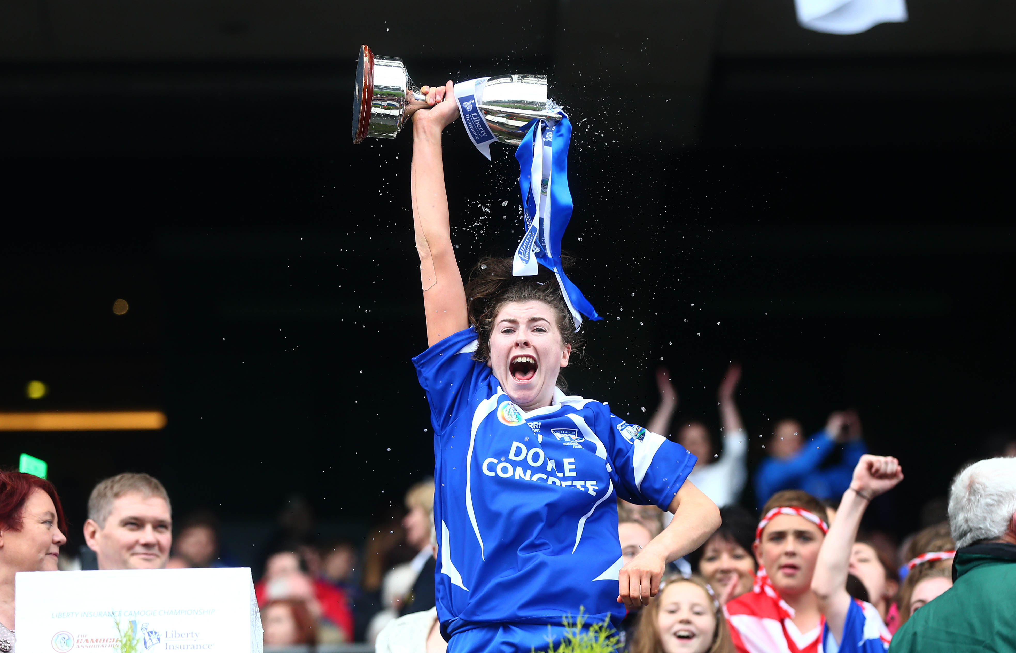 REPRO FREE***PRESS RELEASE NO REPRODUCTION FEE*** Liberty Insurance Intermediate Camogie Championship Final, Croke Park, Dublin 13/9/2015 Waterford vs Kildare Waterford captain Caithriona McGlone life the cup Mandatory Credit ©INPHO/Cathal Noonan