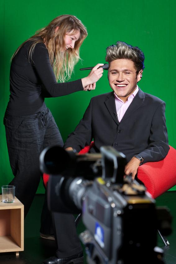 Niall Presenting