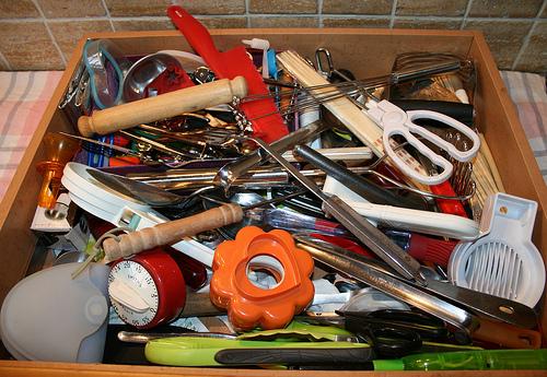 messy-utensils