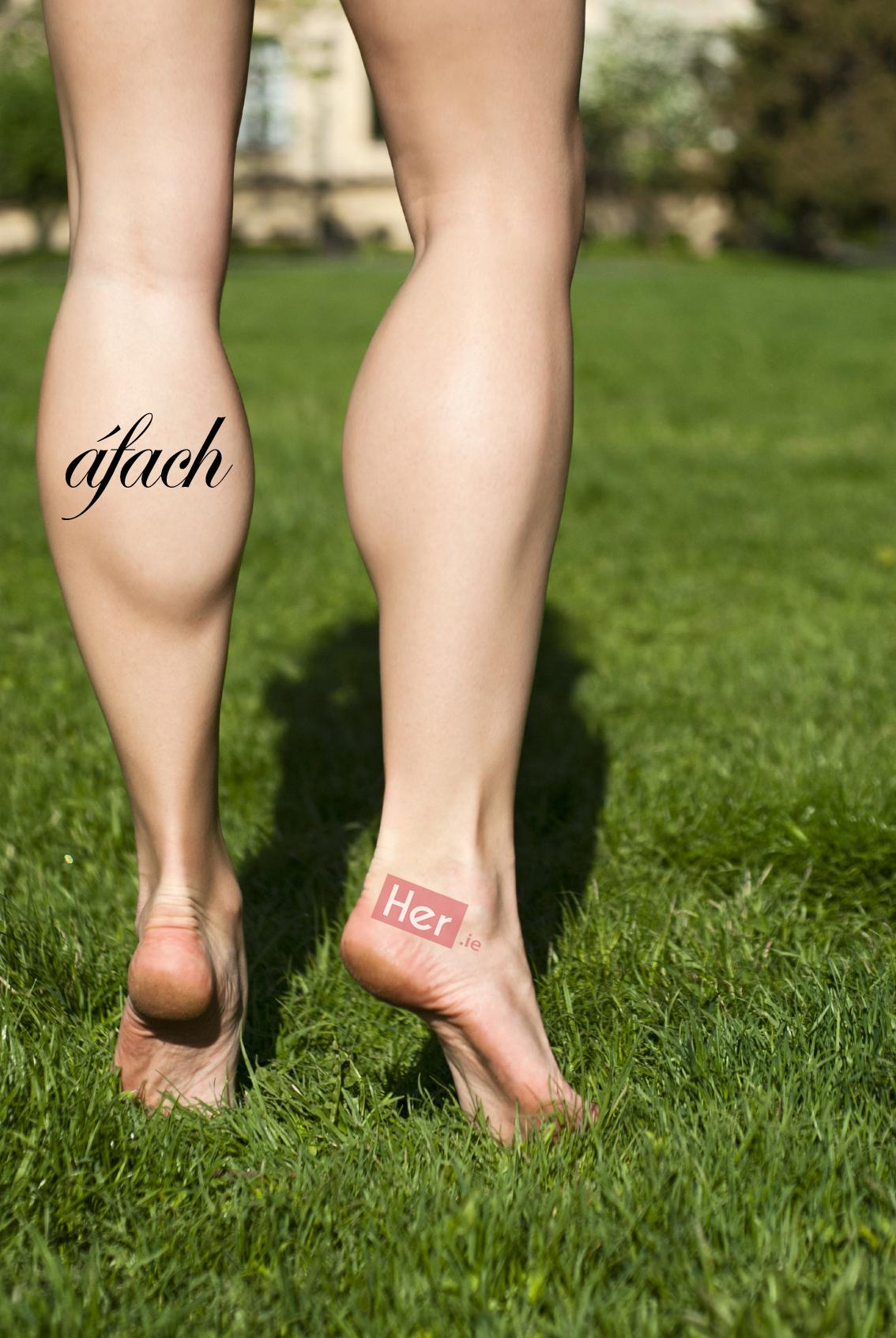 любви настолько девушка напрягла ноги фото живы, все