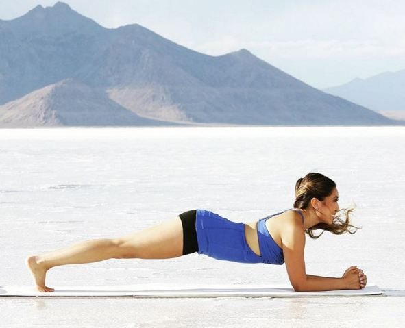 cassey-ho-blogilates-next-to-mountains