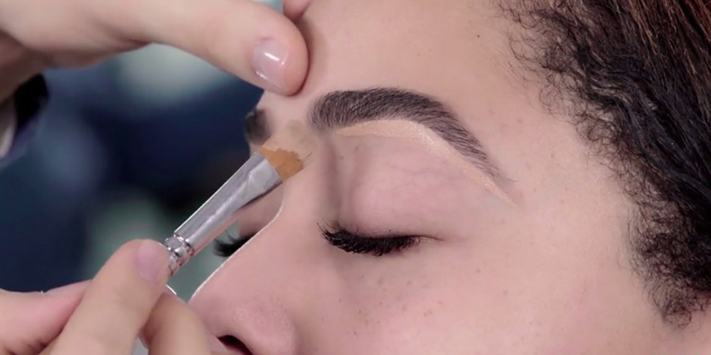 Pics This Is Kylie Jenners Detailed Step By Step Brow Routine Her