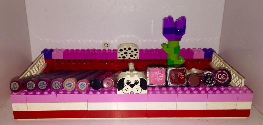Woman's boyfriend made her the best beauty gift out of Lego | Her.ie