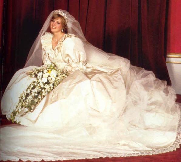 Princess Diana\'s wedding dress designer has some important advice ...