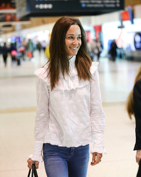 Pippa Middleton Wears the Perfect Frilly Blouse on Honeymoon in Australia