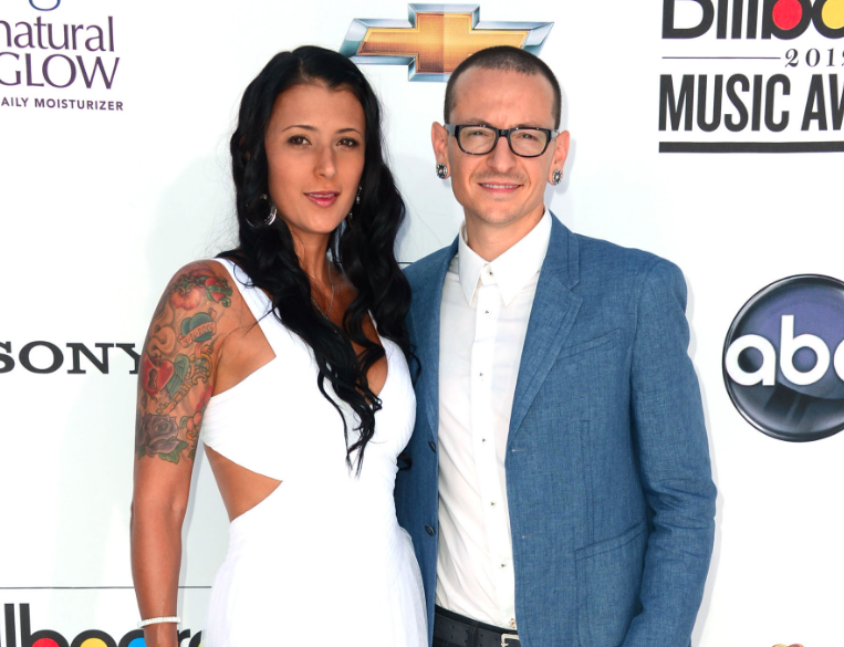 Chester Bennington S Wife To Decide If Carpool Karaoke Episode Will