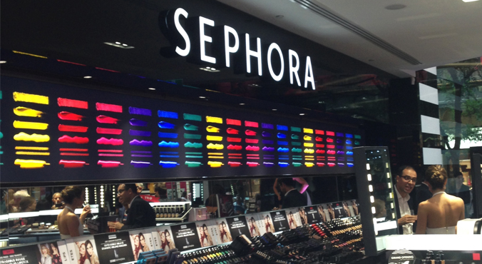 A woman used a Sephora makeup sample…Now she's suing them!