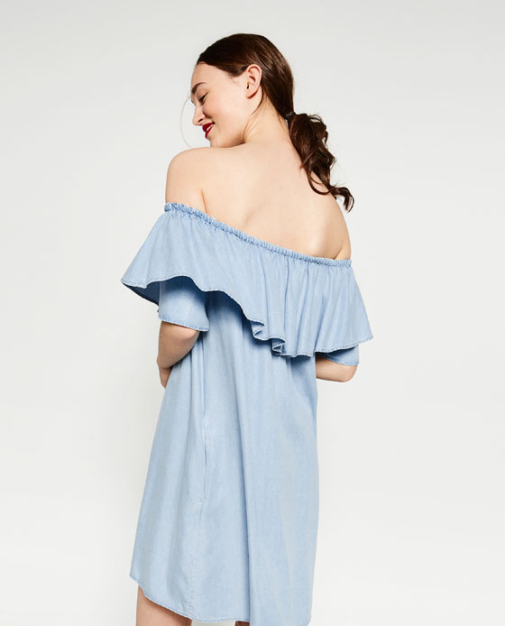 f9c122c8 There's a blog dedicated to sightings of a specific Zara dress and it's gas