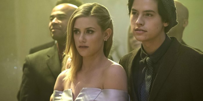 "Riverdale -- ""Chapter Eleven: To Riverdale and Back Again"" -- Image Number: RVD111b_0159.jpg -- Pictured (L-R): Lili Reinhart as Betty Cooper and Cole Sprouse as Jughead Jones -- Photo: Katie Yu/The CW -- © 2017 The CW Network. All Rights Reserved"