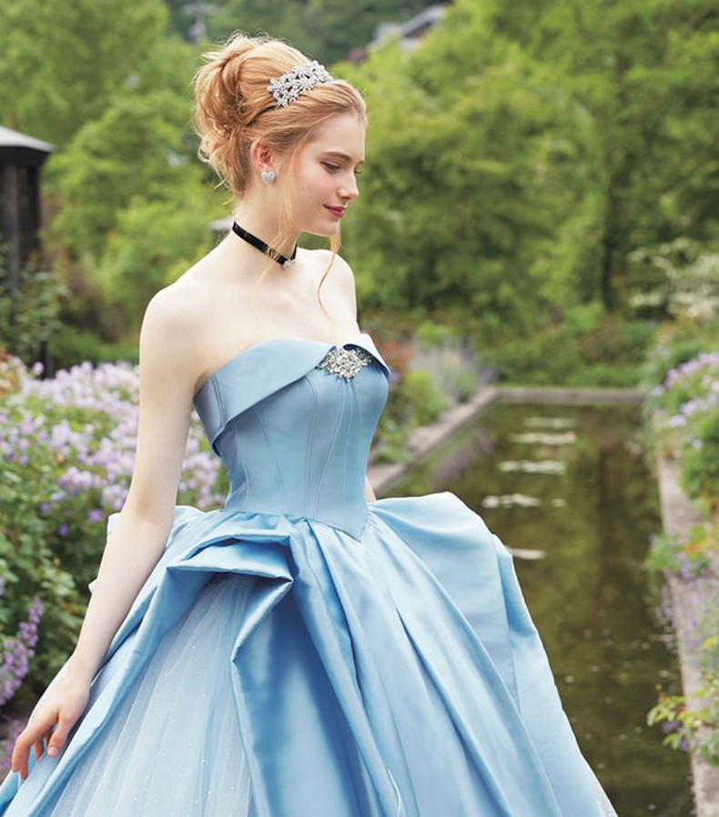 Disney Princess wedding dresses exist and they are just stunning ...