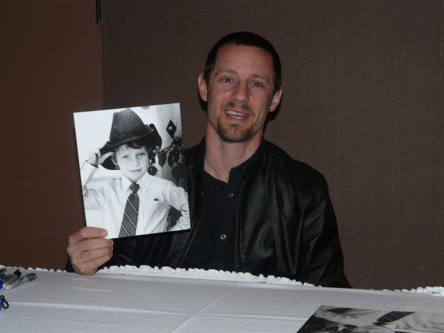 This is what Max from Hocus Pocus looks like now and we ...