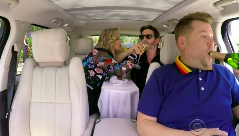 Kelly Clarkson Grooves With James Corden During 'Carpool Karaoke'