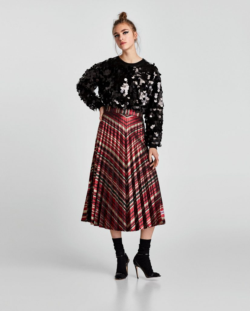 """Alongside the Instagram post of her wearing the skirt, Holly said that she's found her """"Christmas Day outfit"""" if she can manage to get out of her pyjamas ..."""