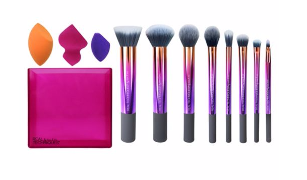 Yep, THAT Real Techniques makeup brush set is now half price