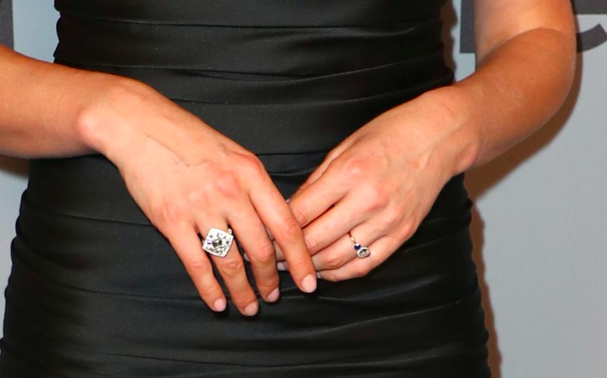 Caitriona Balfe showcases stunning diamond and sapphire engagement ring on red carpet