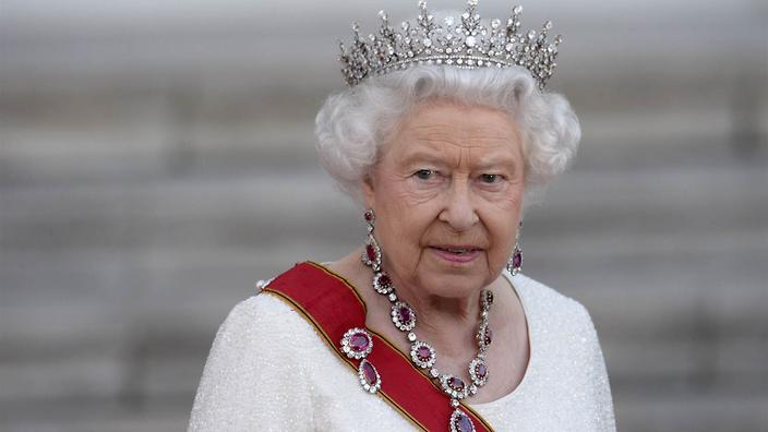 The Queen's Bra Fitter Loses Contract After Tell-All Book