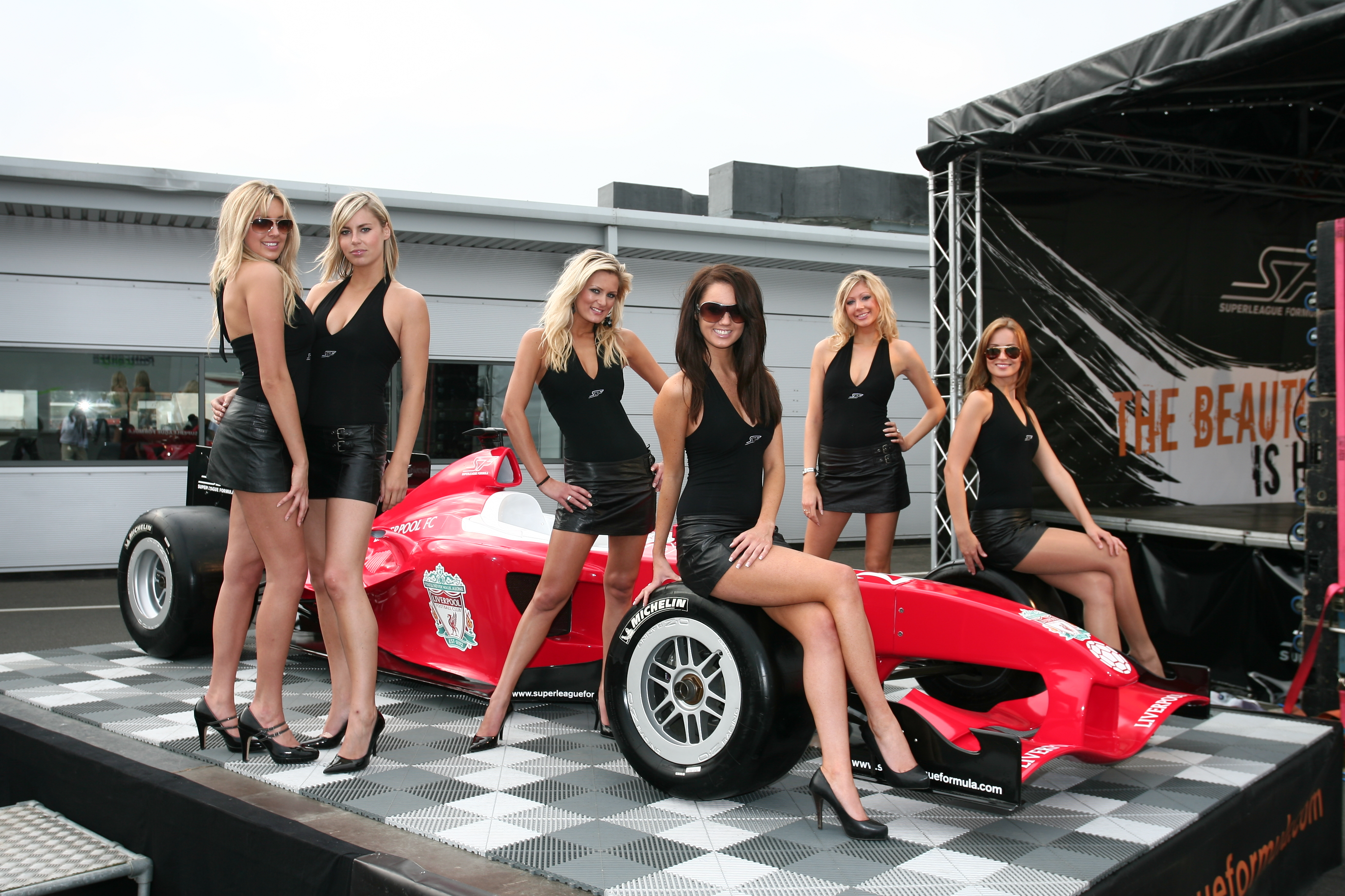 Formula 1 To No Longer Use Grid Girls Following Recent Sexism Claims Her Ie