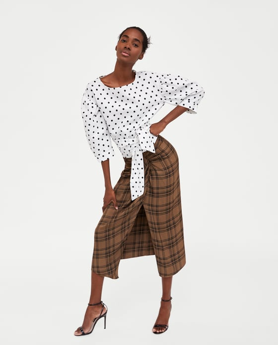 ac10a36cf47d The €40 Zara top that features the biggest trend of spring 2018