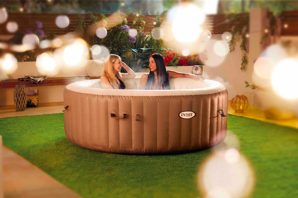 Aldi 39 S Huge Inflatable Hot Tub Is Coming Back And It 39 S An
