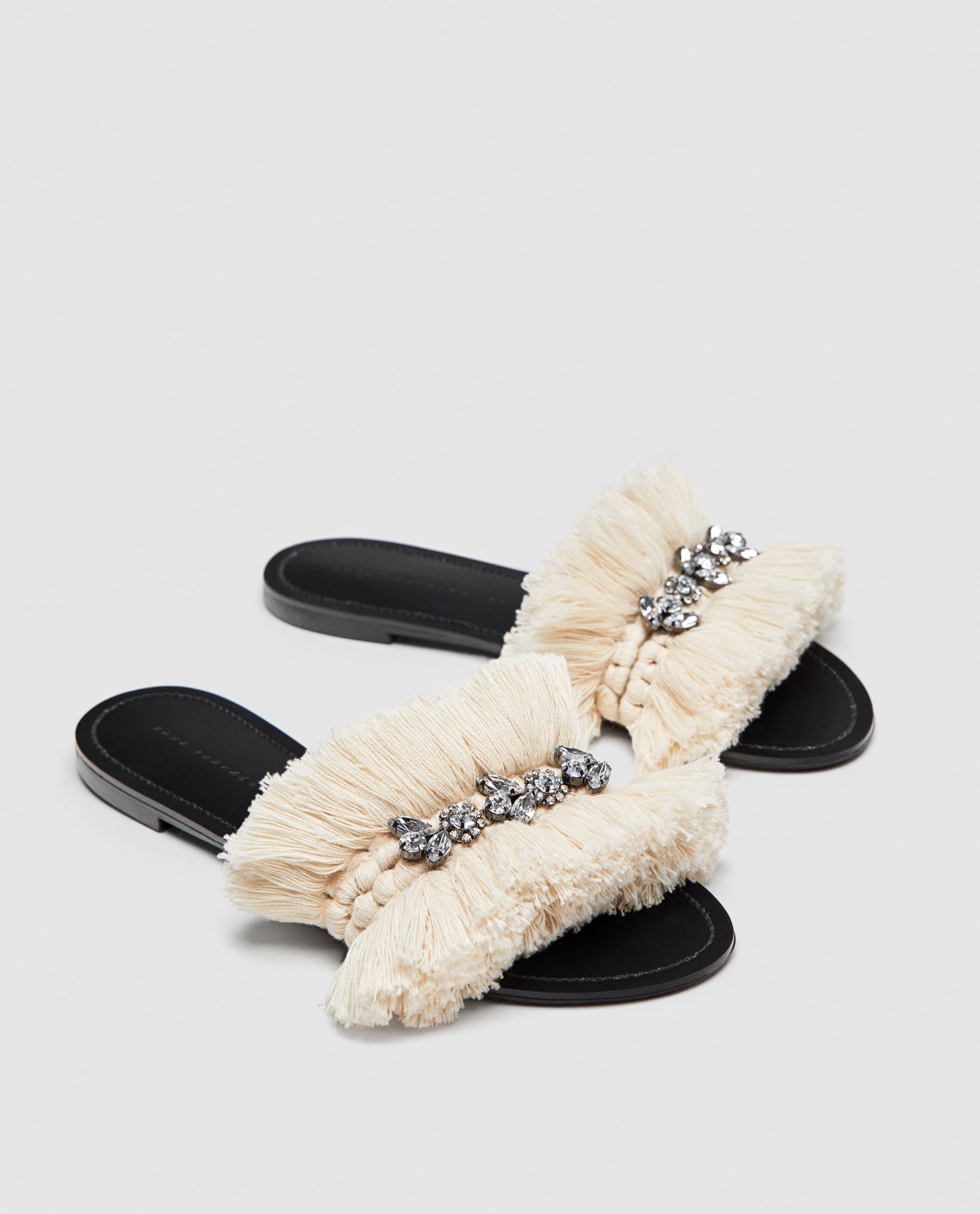 2a4cb31a1b45ef These €50 Zara sandals will complement your entire summer wardrobe ...