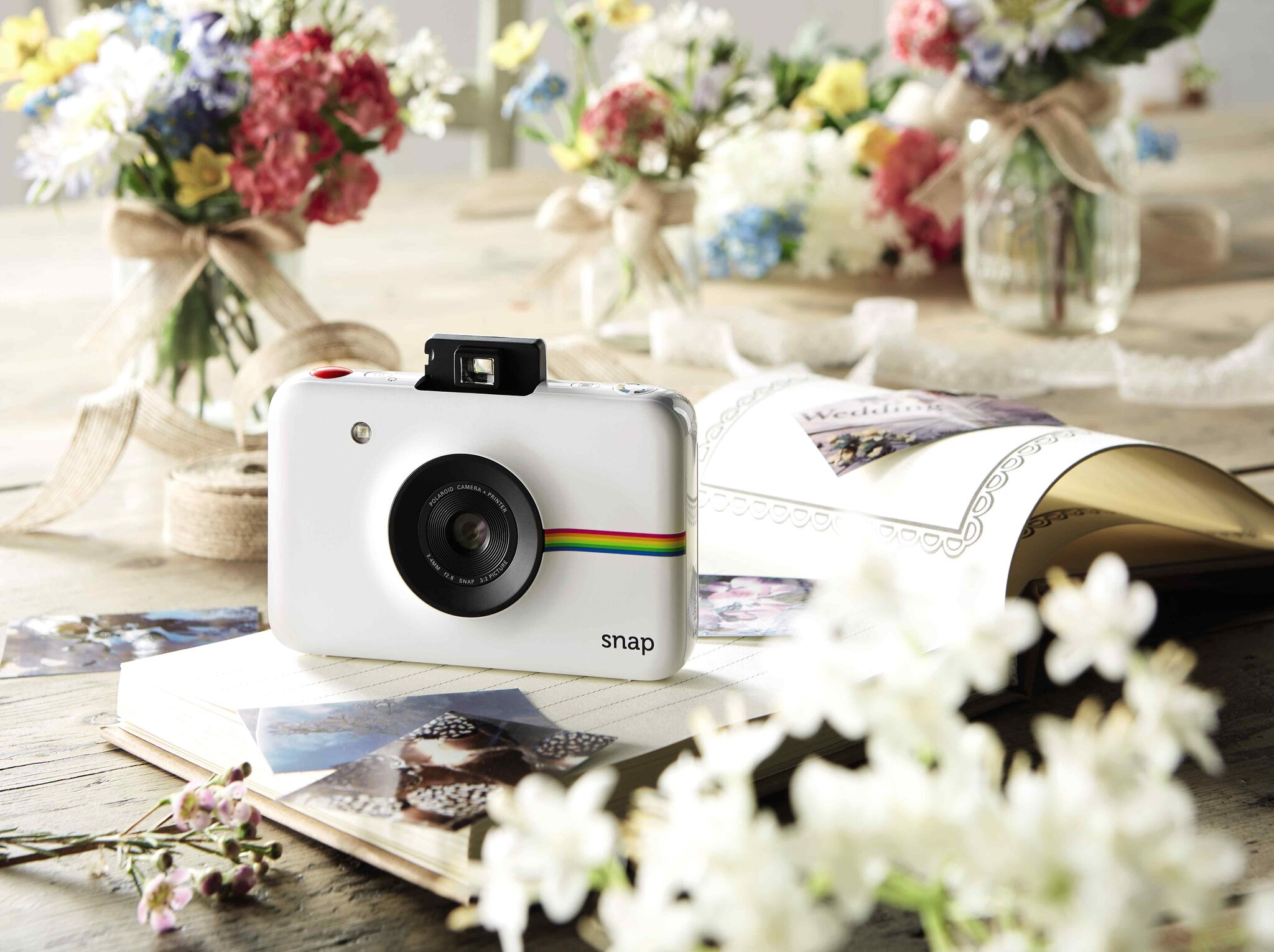 Aldi is selling an affordable instant Polaroid camera and we