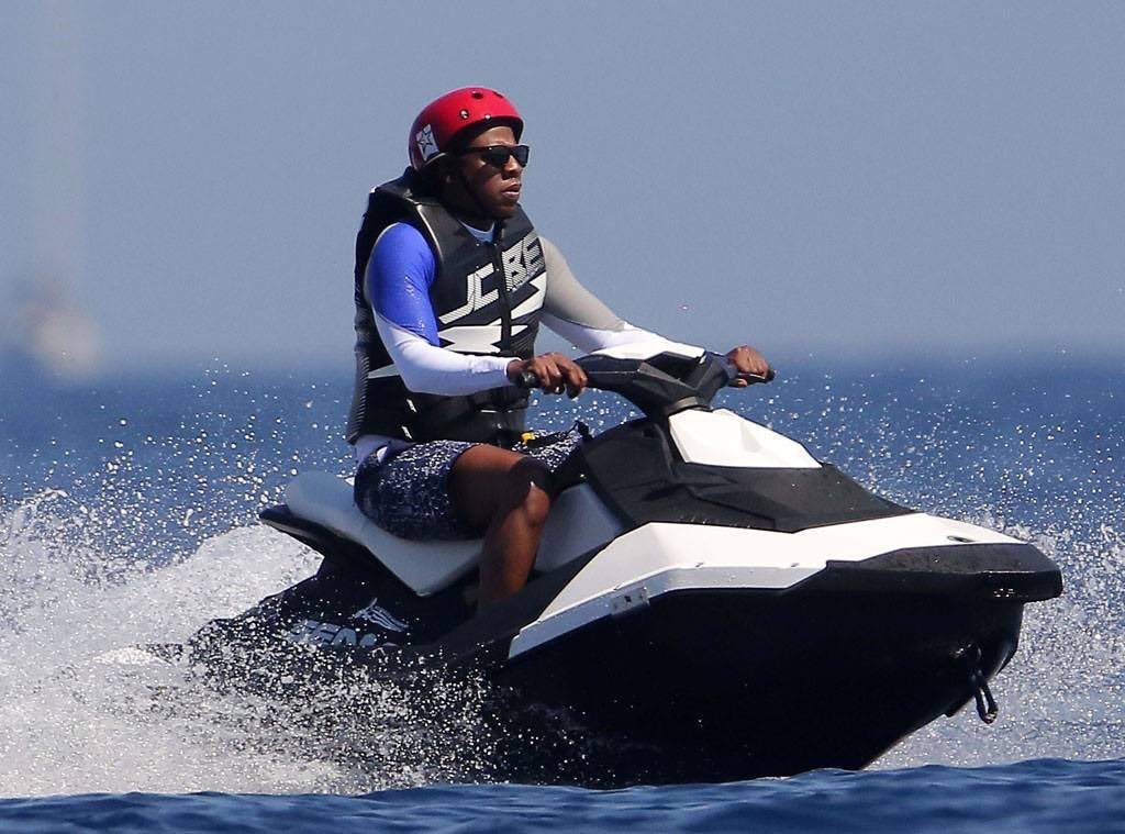 We Ve 20 Questions About This Image Of Jay Z Looking Miserable On A Jet Ski Her Ie