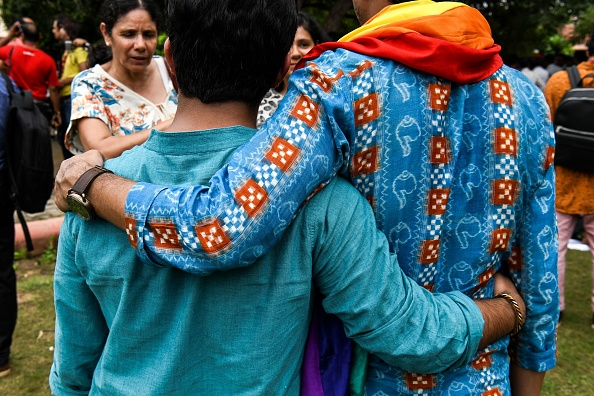 India's top court decriminalizes homosexual acts
