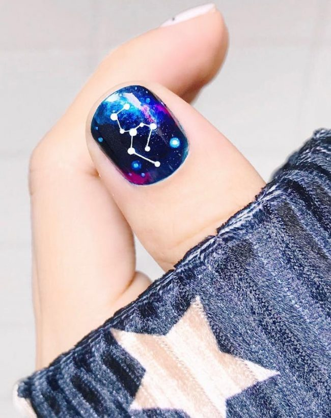 astrology nails