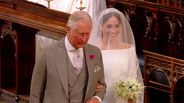 Thomas Markle releases the notes Meghan sent him last year and they're hard to read