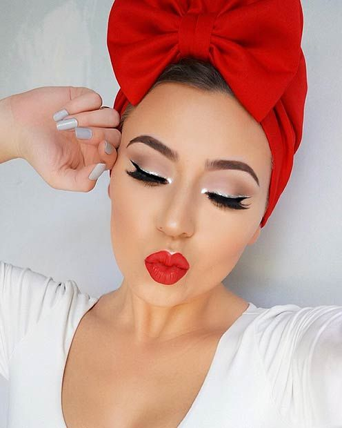 10 Gorgeous And Easy Makeup Looks That Are Perfect For Christmas Day Her Ie