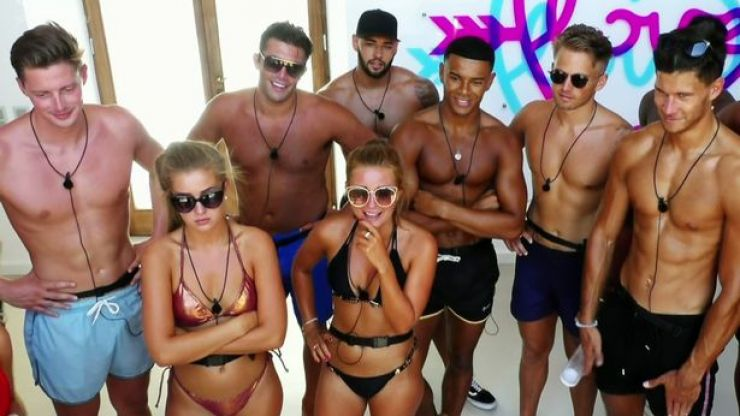 here is when the love island christmas reunion is going to air her ie