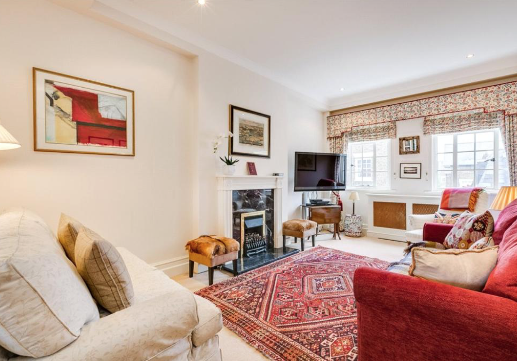 Kate's London apartment from her single days is for sale and we're surprised by the decor