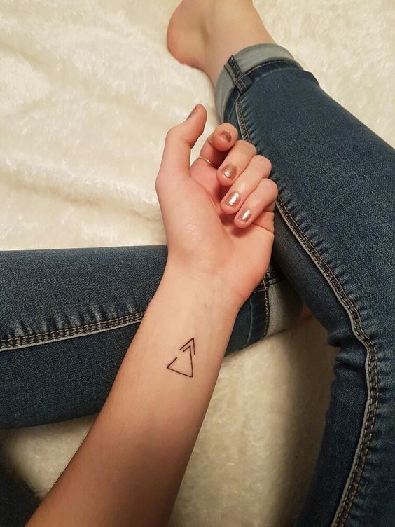 2019 We Re Ready 9 Simple Tattoos To Mark The Beginning