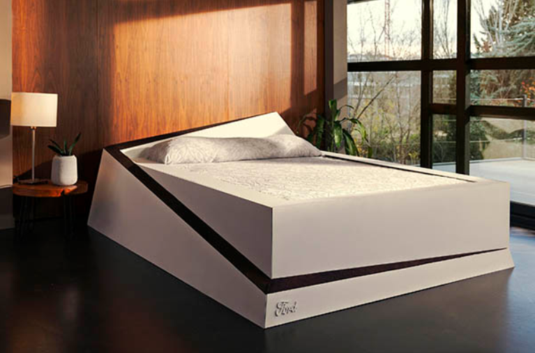 This double bed automatically ROLLS mattress hogs back over to their side