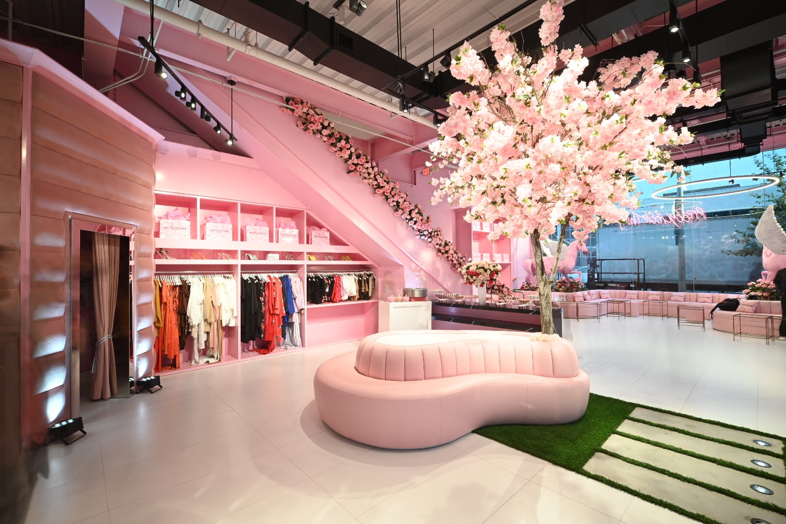 Wait Until You See Inside Prettylittlething S New La